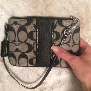 Like-new Coach wristlet!